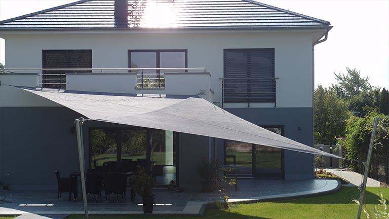 manuell aufrollbare sonnensegel solarprotect. Black Bedroom Furniture Sets. Home Design Ideas