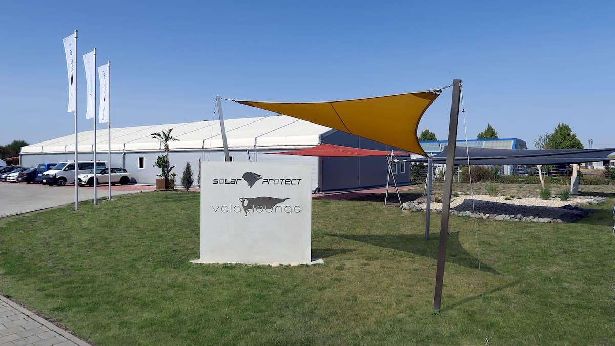 Firmengelände der Sonnensegel Manufaktur solar protect